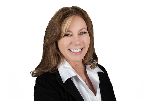 Cedar Association Realty Welcomes Kim Nelson